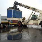 chargement camion de transport